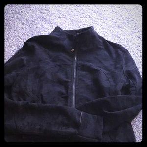 Black camo lulu zip up jacket